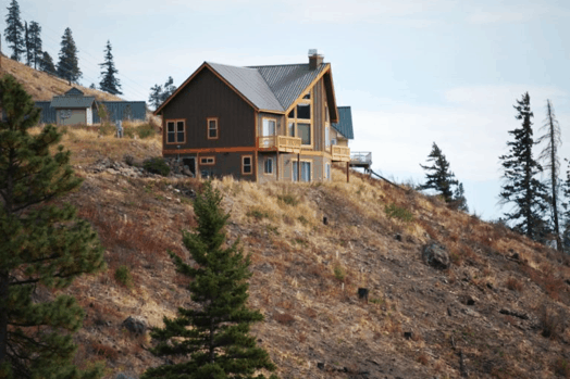 Kittitas County integrated lessons learned from a 2012 wildfire and rebuilt homes with WUI principles in mind.