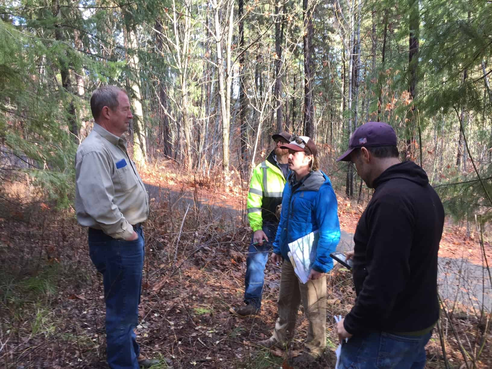 Working with landowners to develop the first new Firewise Community in the Leavenworth area since 2008. Landowners agreed to develop a community shaded fuel break which will be implemented in 2017.