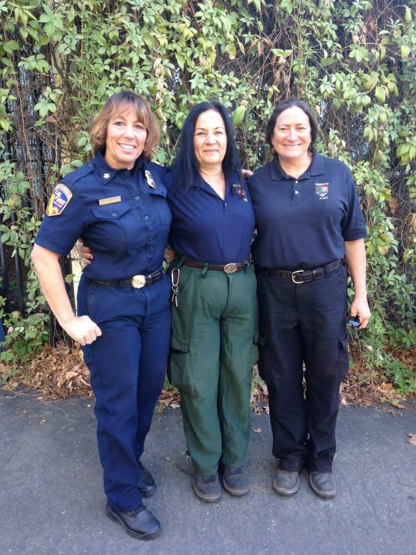 Jeanne, Kelly, and Nancy all in uniform
